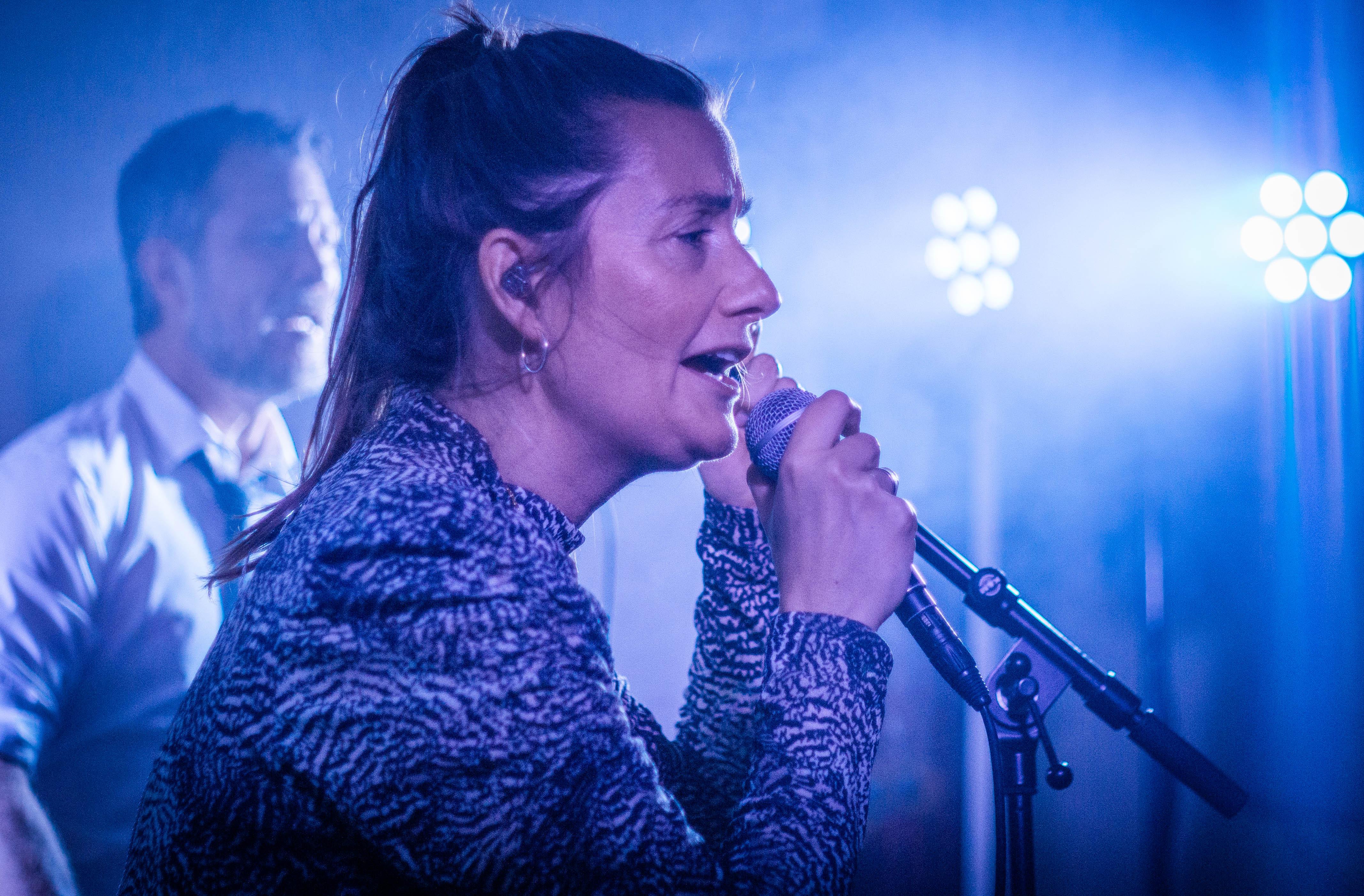 Sangerinde Thora